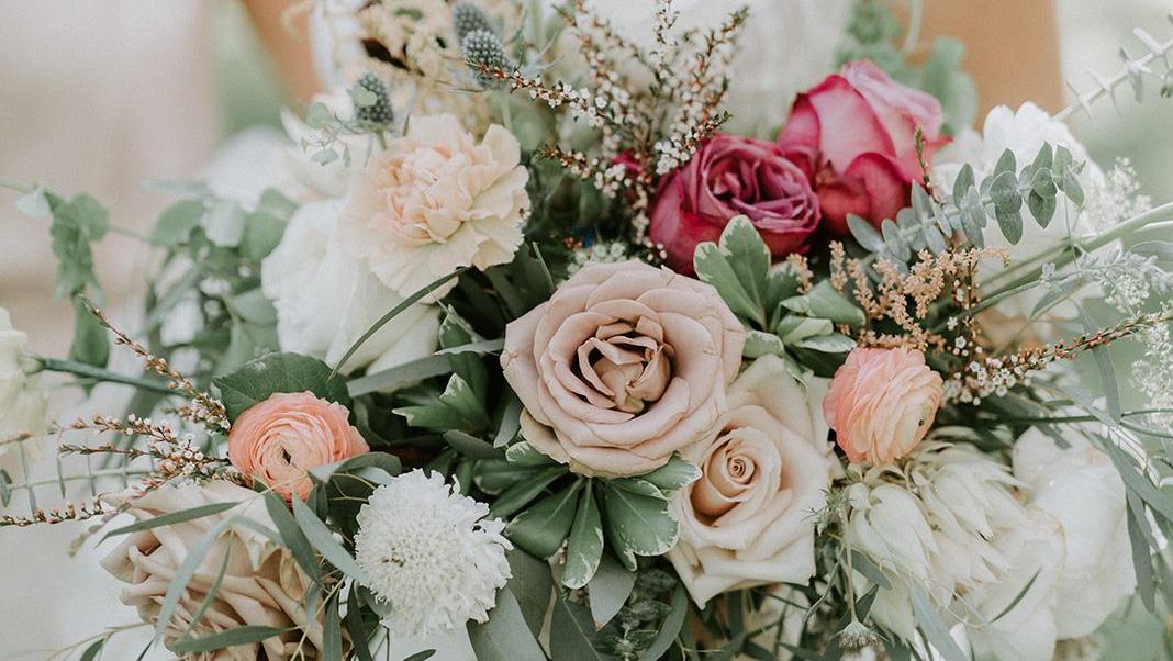 Gekleurde trouwsieraden
